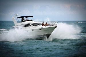 56' Gulf Craft Sport Flybridge Cruiser 2000 Tiger Cat