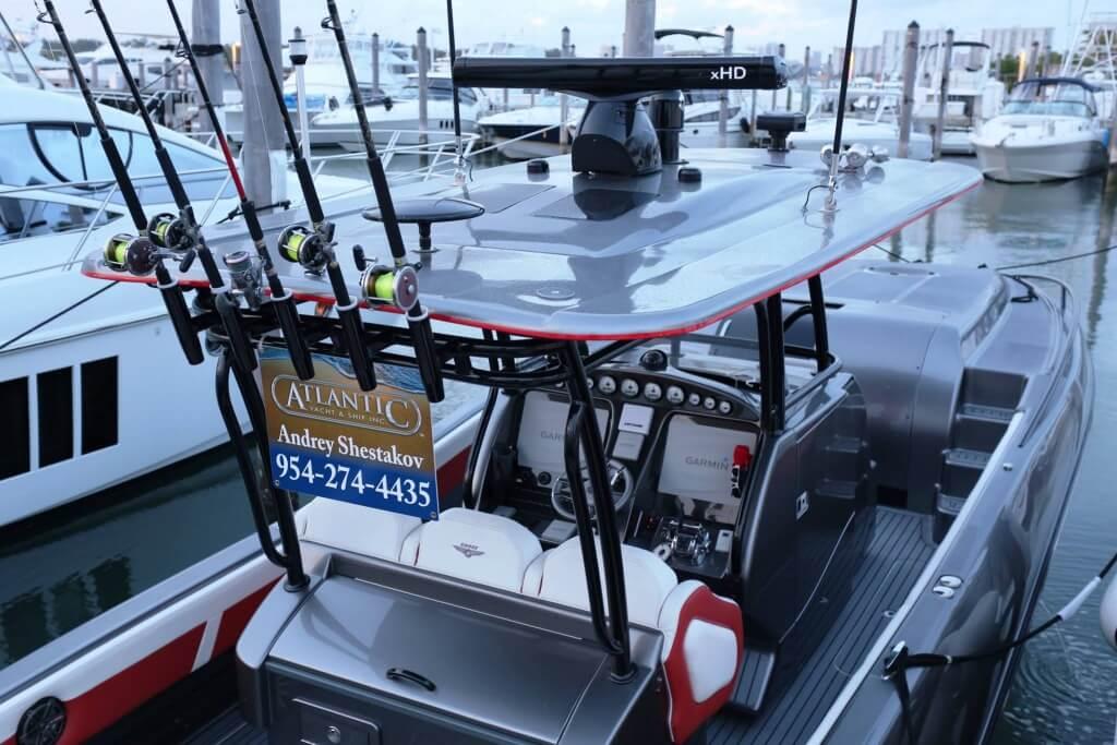 Андрей Шестаков поможет купить яхту