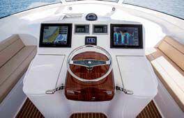 Обзор новой модели яхты VIKING 42 ST