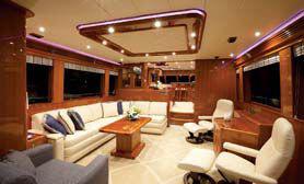 Обзор новой модели яхты Hampton Endurance 720EN