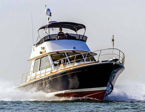 Grand Banks Eastbay 46 FB Yacht Review