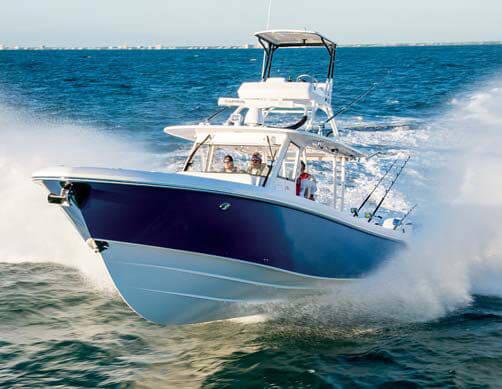 Everglades 435 CC Yacht Review
