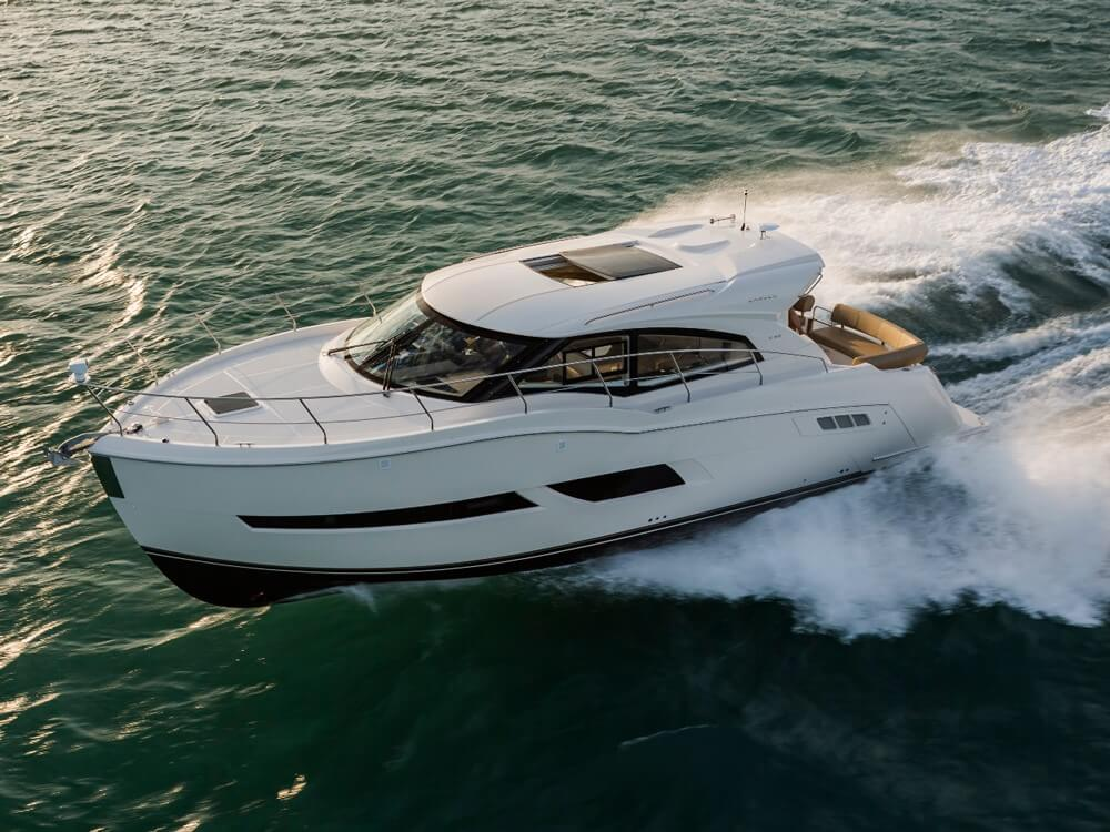 Carver Yachts C43 Coupe Review