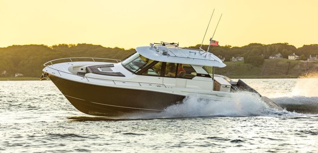 Tiara Yachts Q 44 Adventure Yacht Review