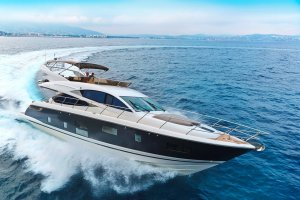 Pearl 65 Luxury Motor Yacht Review