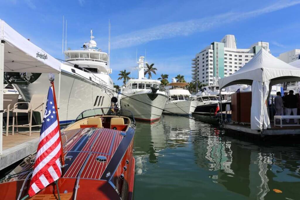 yacht show miami 2017