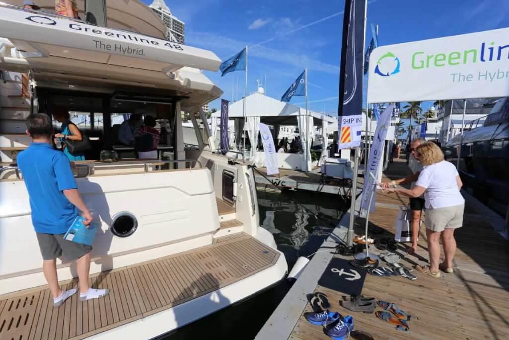 Яхтенная выставка в Майами