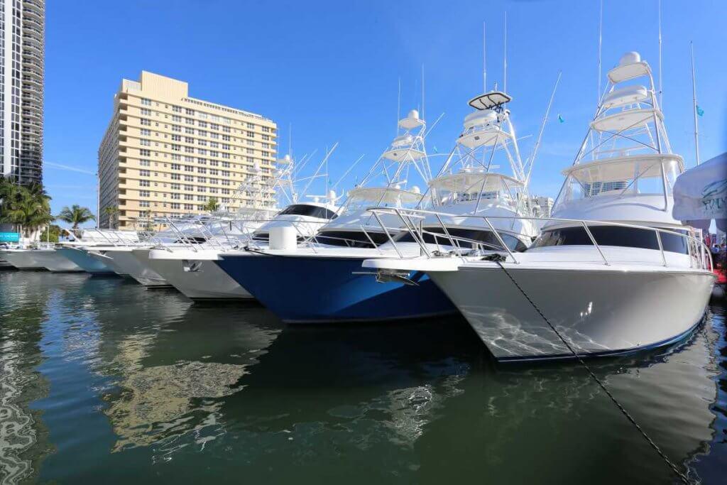 выставка яхт в Майами 2017